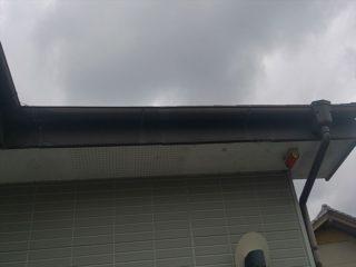 軒天・破風塗装施工前