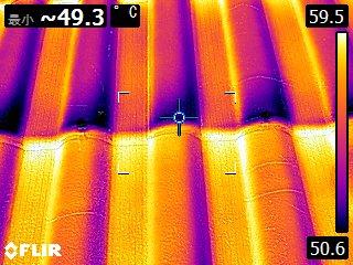 熱交換塗料施工前屋根表面温度49.3度