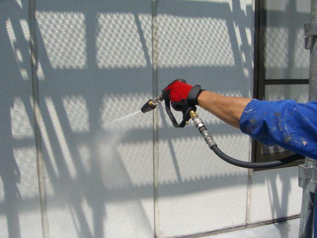 小山市すずき整形外科病院様 外壁塗装・防水塗装工事外壁高圧洗浄